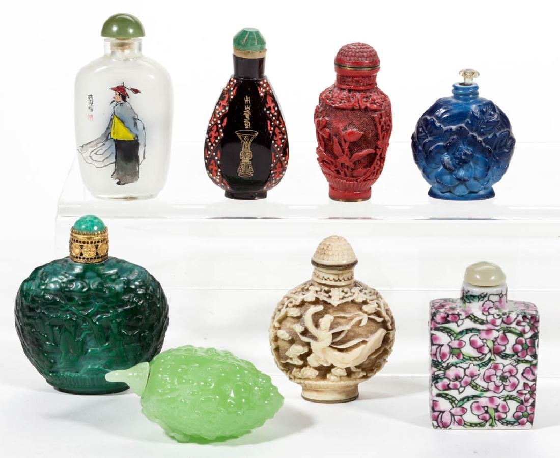 ASSORTED CHINESE SNUFF BOTTLES, LOT OF EIGHT