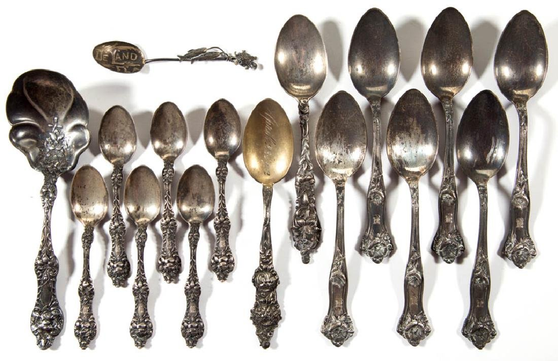 ASSORTED AMERICAN STERLING SILVER FLATWARE ARTICLES,
