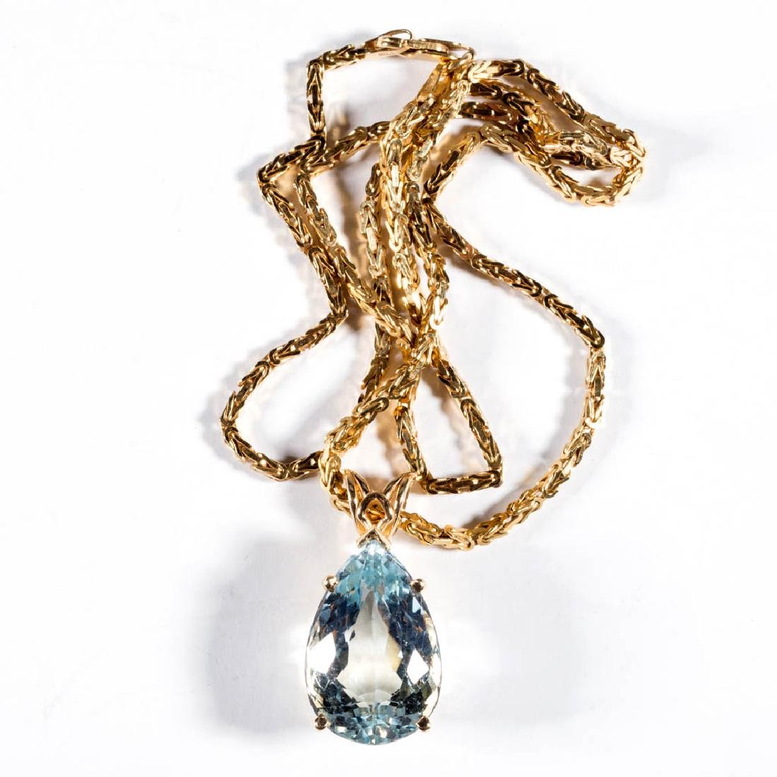 14K GOLD AND TOPAZ NECKLACE