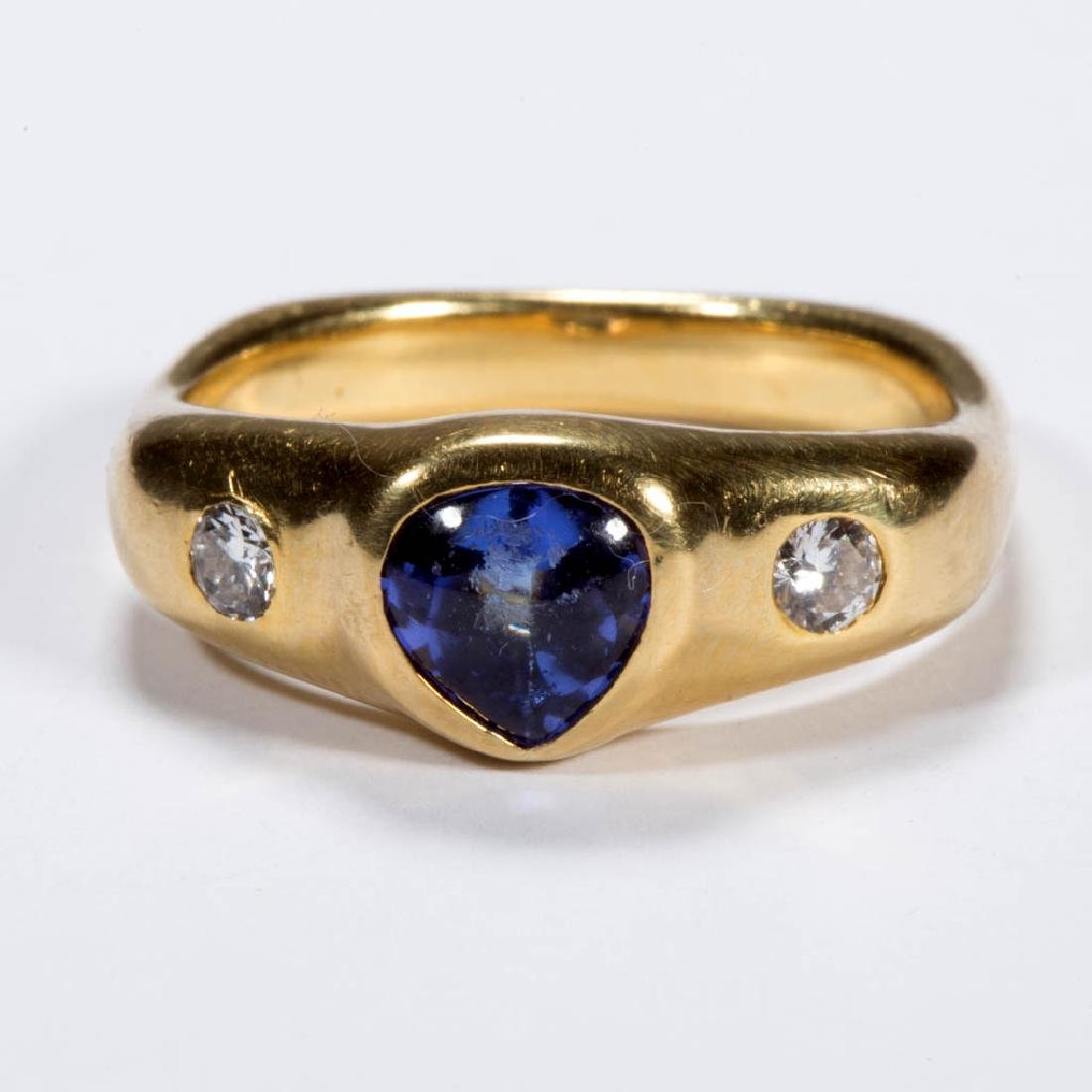 VINTAGE 18K GOLD, TANZANITE, AND DIAMOND LADY'S RING