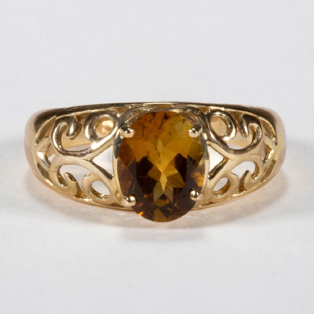 VINTAGE 14K GOLD AND YELLOW TOURMALINE LADY'S RING