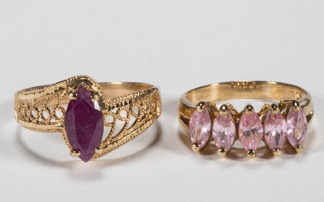 VINTAGE 10K GOLD LADY'S RINGS, LOT OF TWO