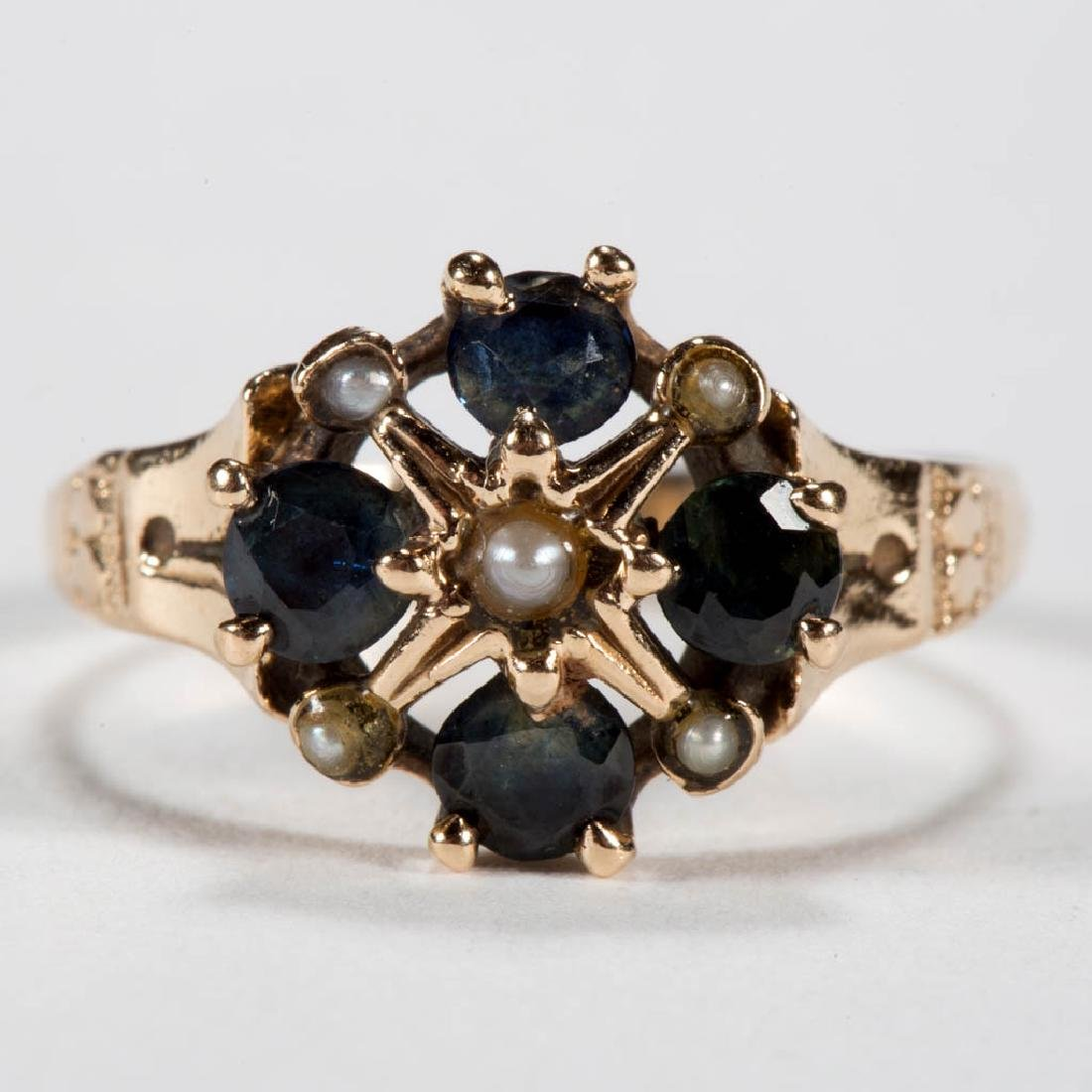 ANTIQUE 14K GOLD LADY'S RING