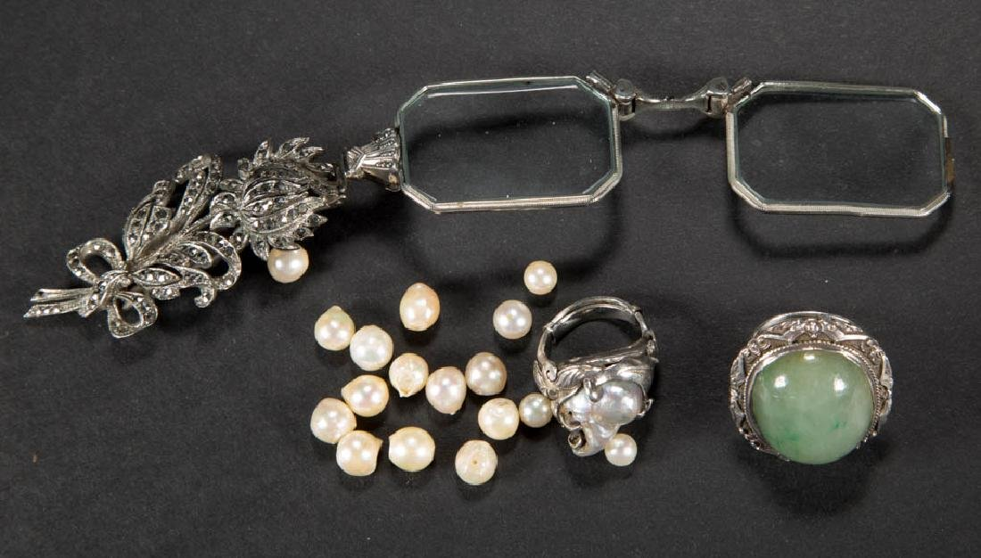ASSORTED COSTUME JEWELRY ARTICLES, LOT OF THREE