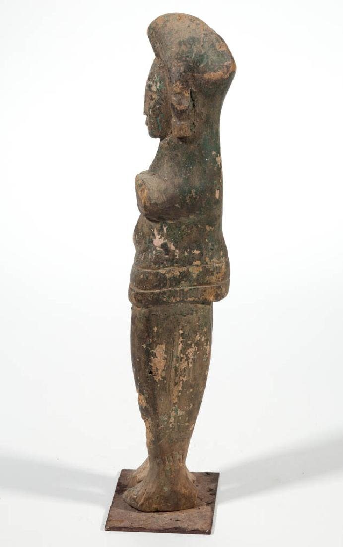 TRIBAL CARVED AND PAINTED WOOD STANDING FIGURE - 3