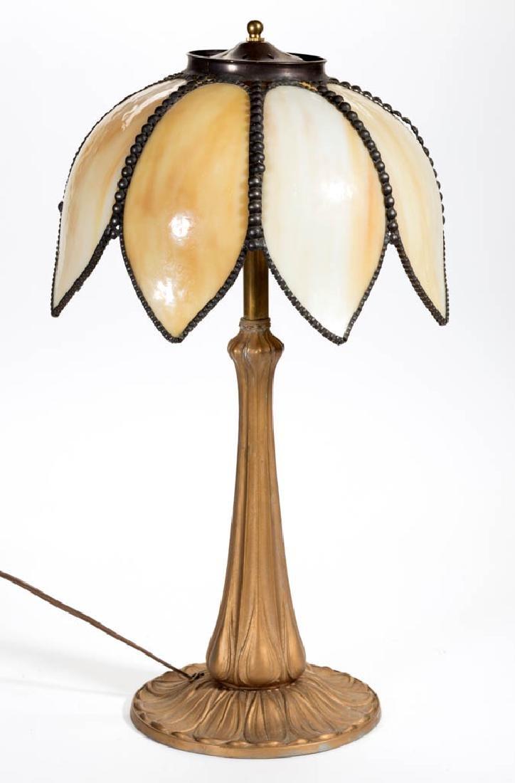 EMPIRE FLOWER FORM SLAG-GLASS TABLE LAMP