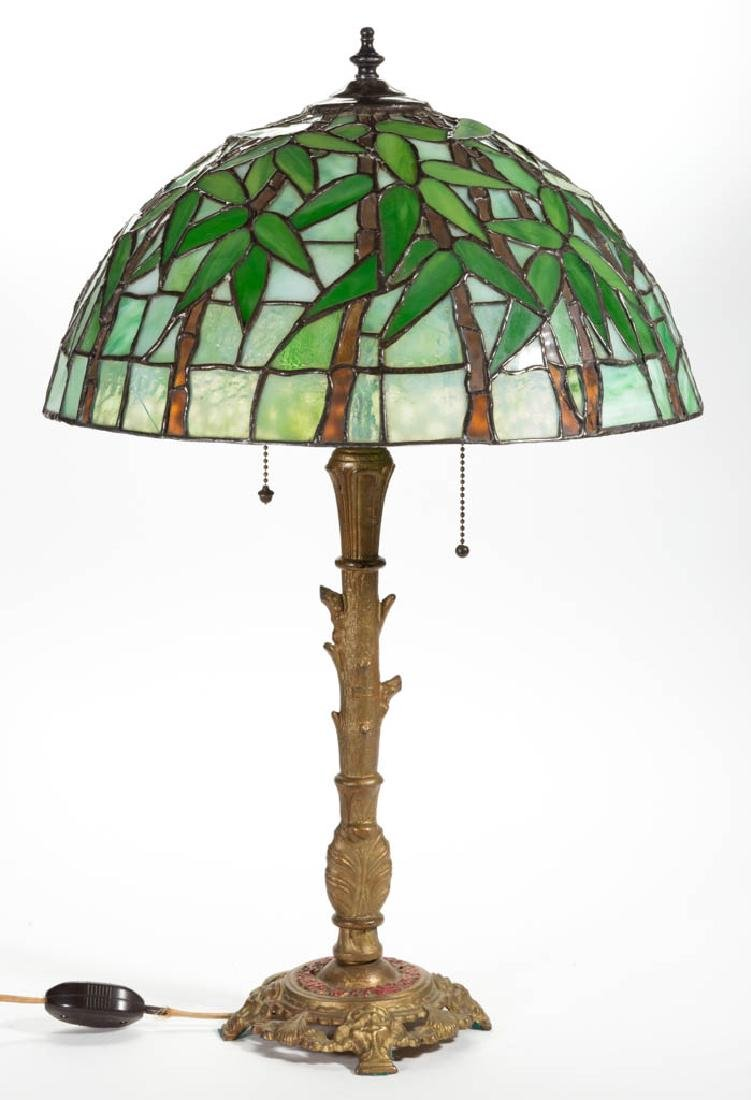 TIFFANY-STYLE BAMBOO LEADED GLASS TABLE LAMP