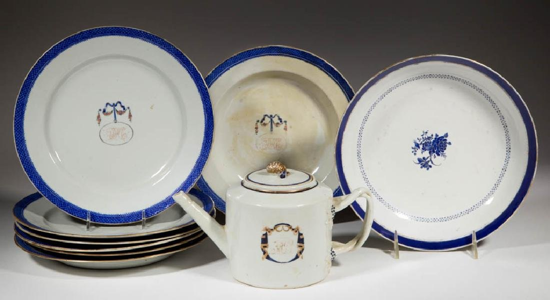 CHINESE EXPORT PORCELAIN ARTICLES, LOT OF NINE
