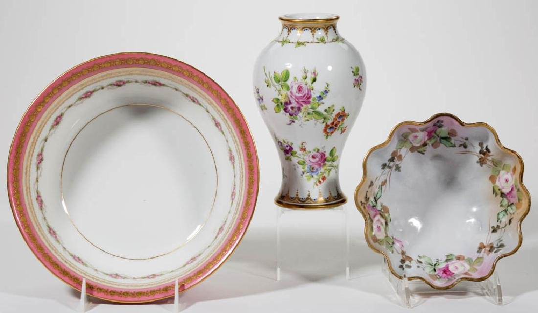 FRENCH PORCELAIN ARTICLES, LOT OF THREE - 2