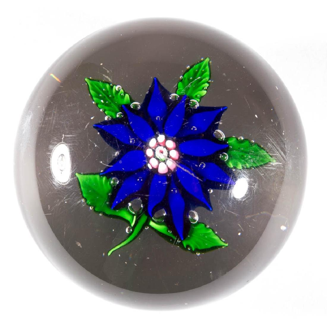 NEW ENGLAND POINSETTIA PAPERWEIGHT