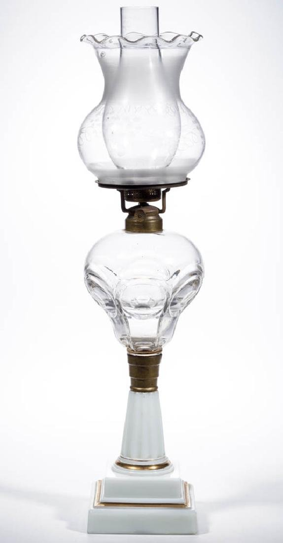 BULL'S EYE / LAWRENCE (OMN) KEROSENE STAND LAMP