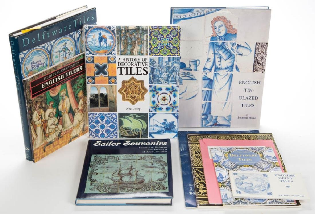 ASSORTED DELFT / MAJOLICA TILE CERAMIC VOLUMES /