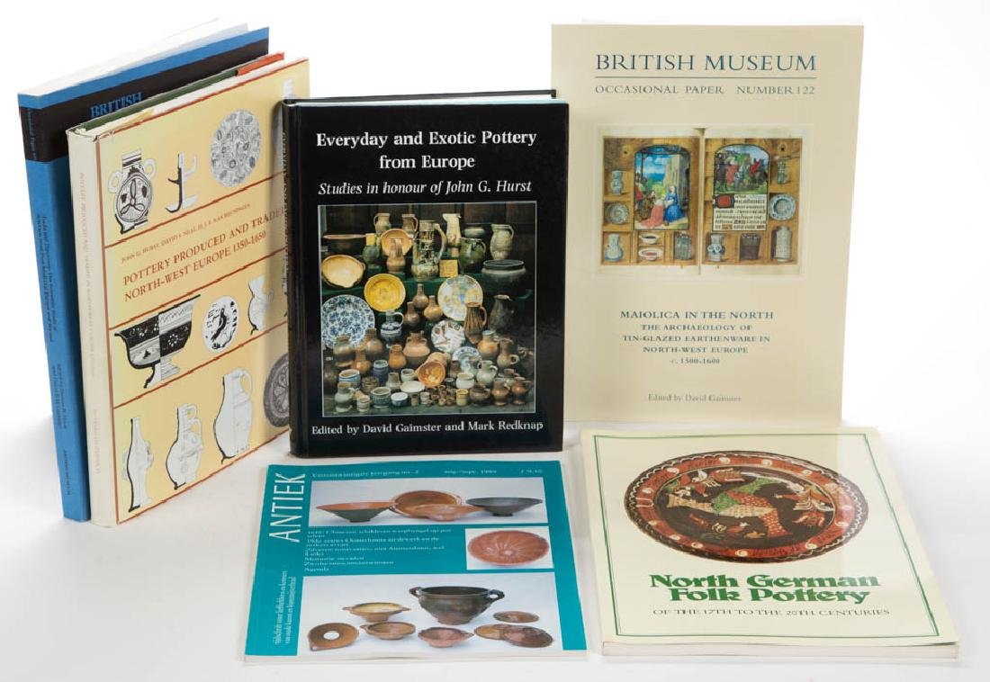 EUROPEAN / CONTINENTAL ARCHAEOLOGY / CERAMIC VOLUMES /