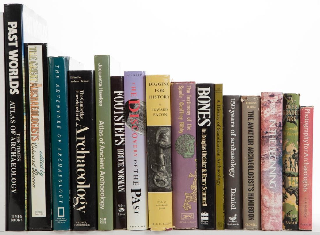 ARCHAEOLOGY AND RELATED VOLUMES / RESEARCH MATERIALS,