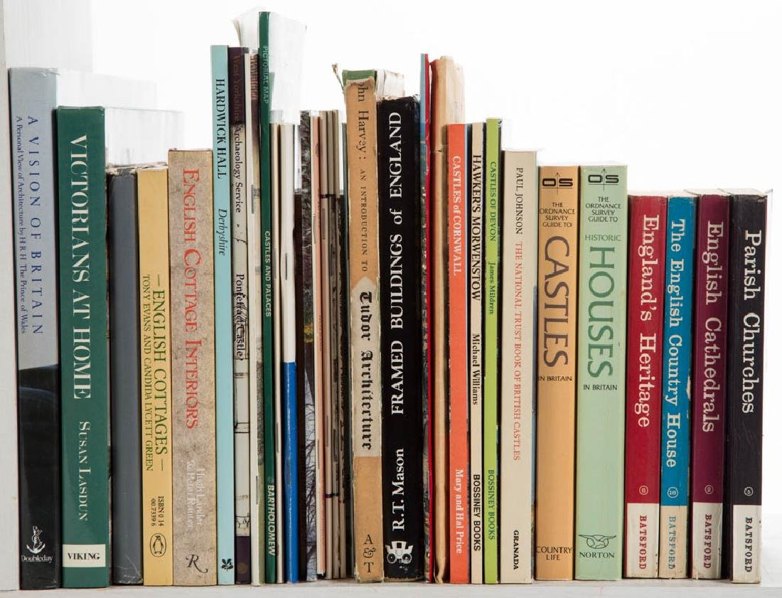 ENGLISH ARCHITECTURE AND RELATED VOLUMES / RESEARCH