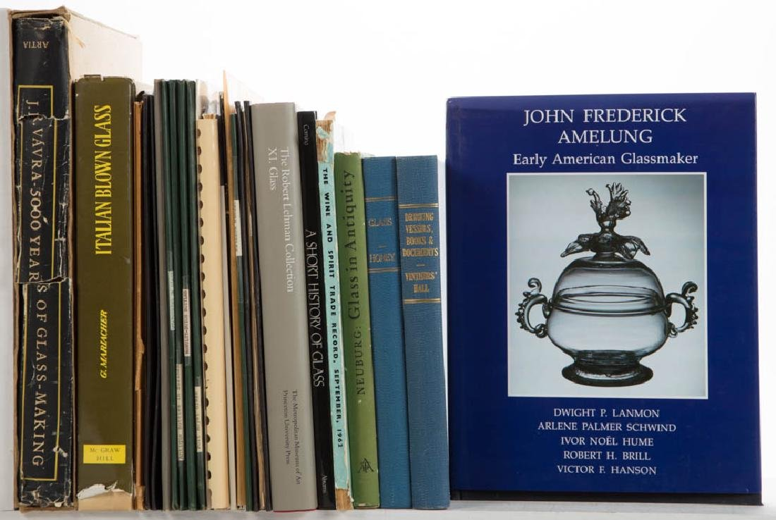 ANTIQUE GLASS AND RELATED VOLUMES / RESEARCH MATERIALS,