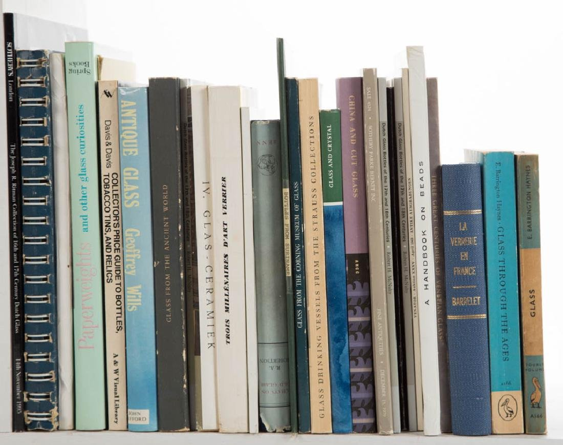 ANTIQUE GLASS AND RELATED VOLUMES / RESEARCH MATERIALS, - 2
