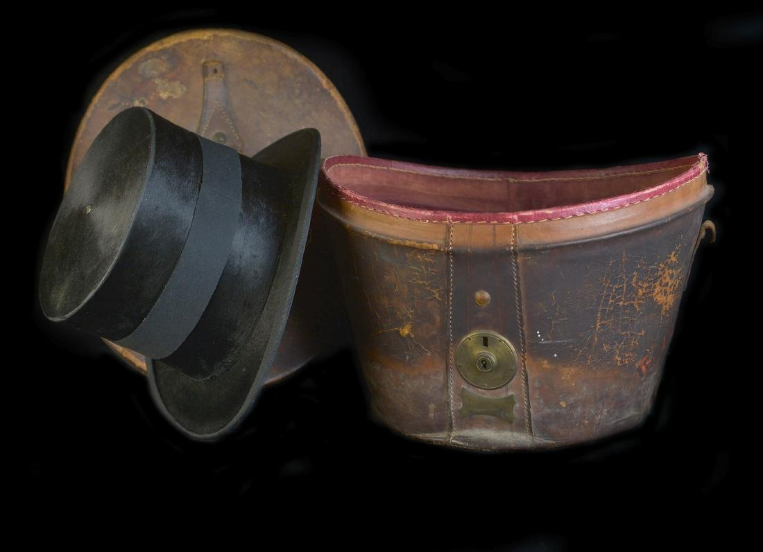 MAN'S SILK BEAVER TOP HAT AND ORIGINAL TRAVEL CASE