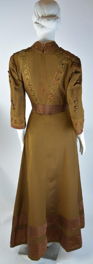 EDWARDIAN GOLD SILK TAFFETA TWO-PIECE LACE DRESS WITH - 3