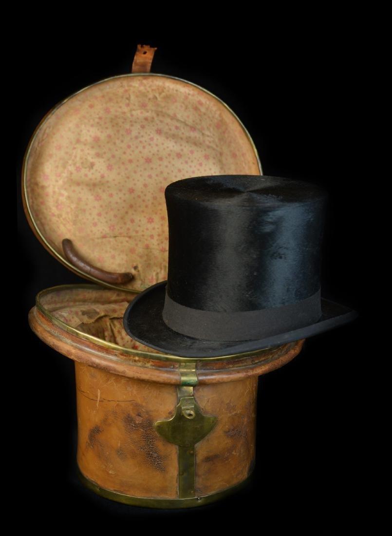 MAN'S LUXURY SILK BEAVER TOP HAT AND ORIGINAL TRAVEL
