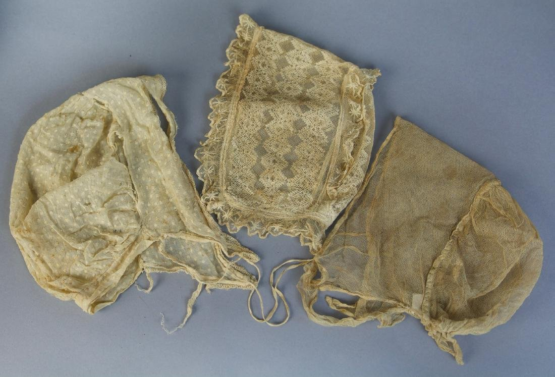 ASSORTED REGENCY ERA AND EARLY VICTORIAN BABY CLOTHING - 2