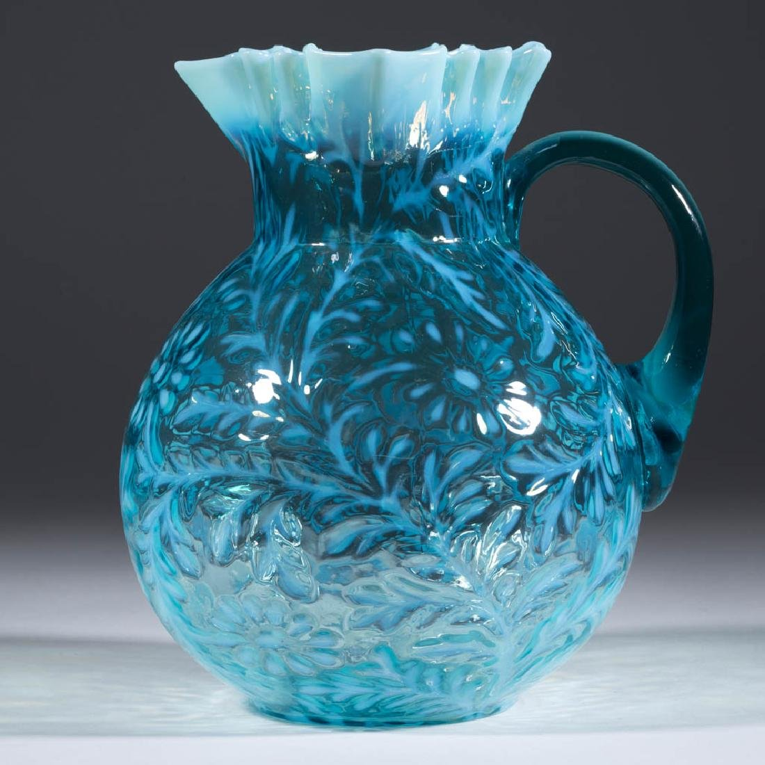 DAISY AND FERN - BALL-SHAPE MOLD WATER PITCHER