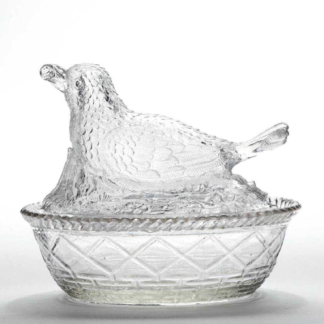 GREENTOWN BIRD WITH BERRY COVERED DISH