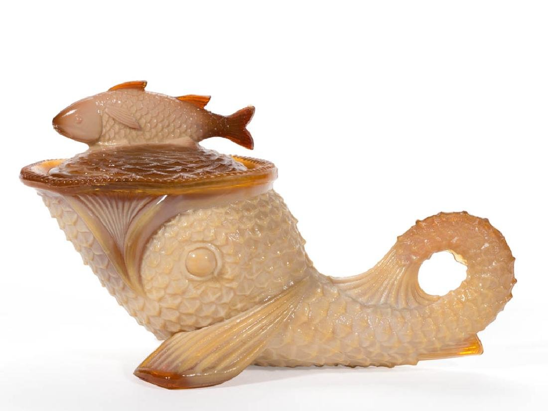 GREENTOWN DOLPHIN COVERED DISH