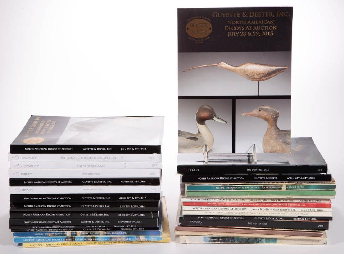 ASSORTED DECOY AUCTION CATALOGUES, LOT OF 32