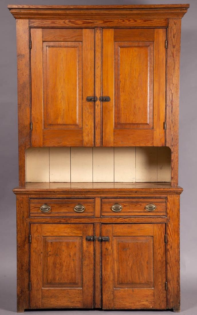 AMERICAN COUNTRY PINE STEP-BACK WALL CUPBOARD