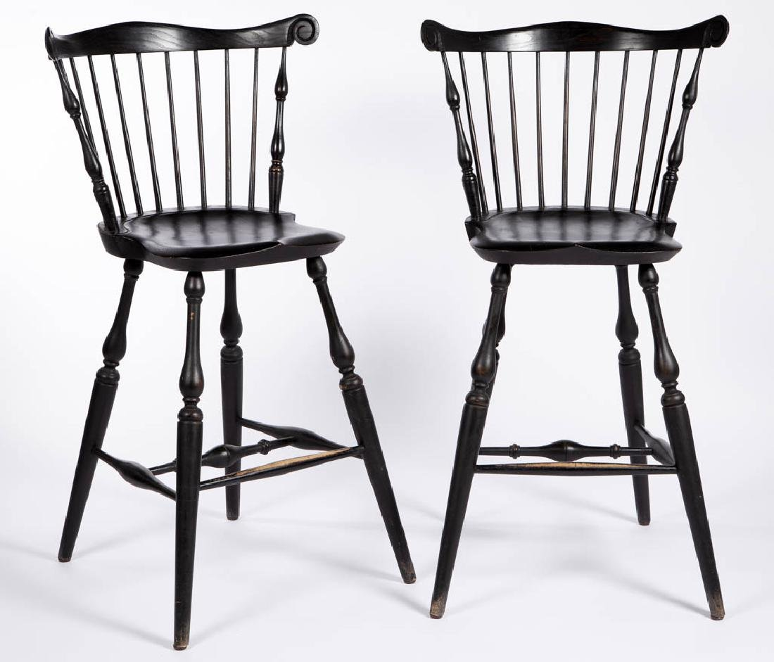 PAIR OF WARREN CHAIR WORKS COMB-BACK WINDSOR-STYLE BAR