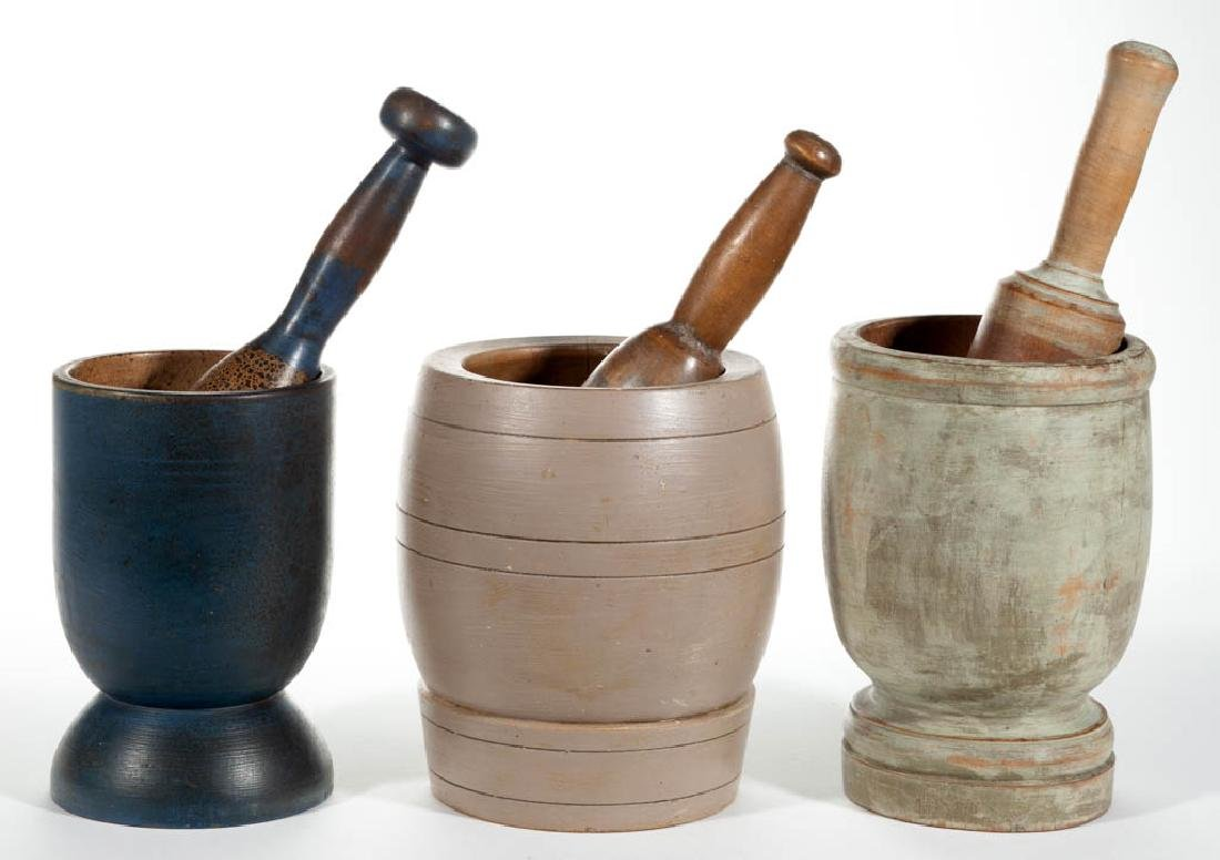 PAINTED COUNTRY TURNED TREEN MORTARS AND PESTLES, LOT
