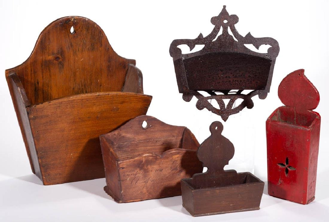 ASSORTED COUNTRY WOOD WALL BOXES, LOT OF FIVE