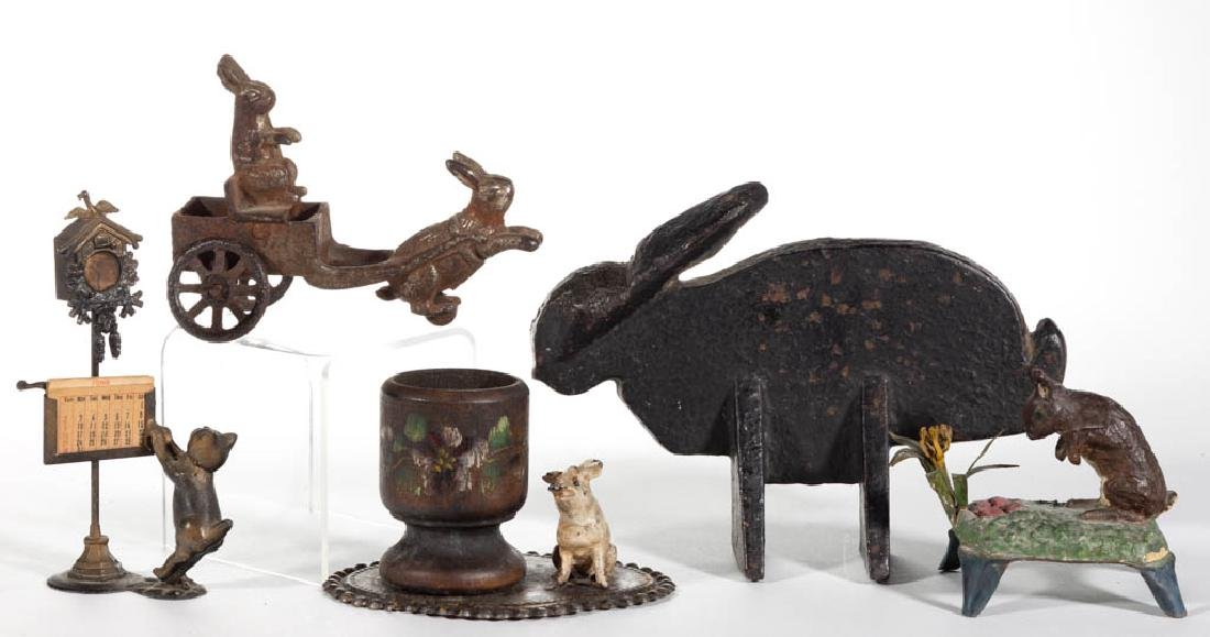 CAST-METAL AND OTHER ANIMAL FIGURAL ARTICLES, LOT OF