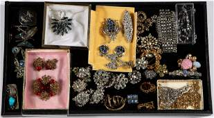 ASSORTED STERLING SILVER AND COSTUME JEWELRY, UNCOUNTED