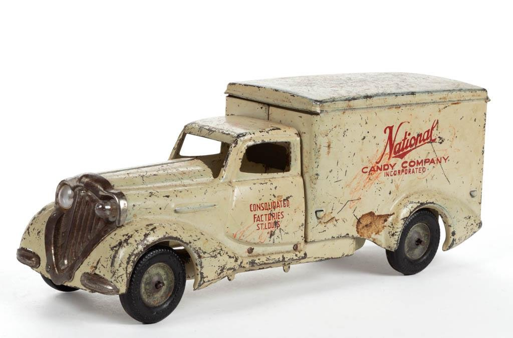 """METALCRAFT """"NATIONAL CANDY COMPANY"""" PRESSED-STEEL TRUCK"""