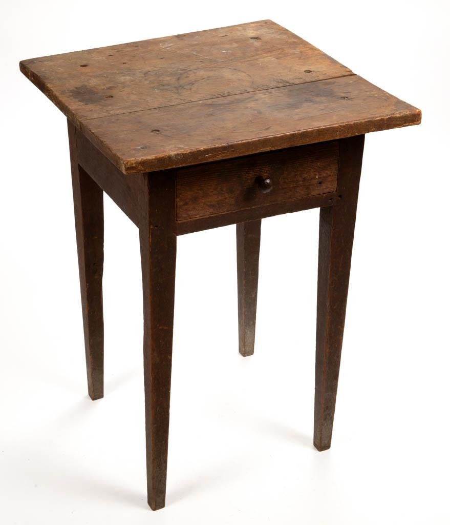 VIRGINIA PAINTED YELLOW PINE STAND TABLE