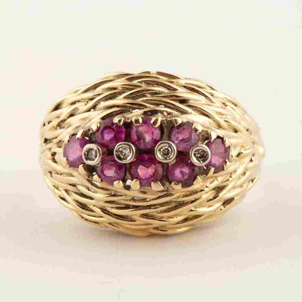 VINTAGE 14K YELLOW GOLD, RUBY, AND DIAMOND LADY'S RING