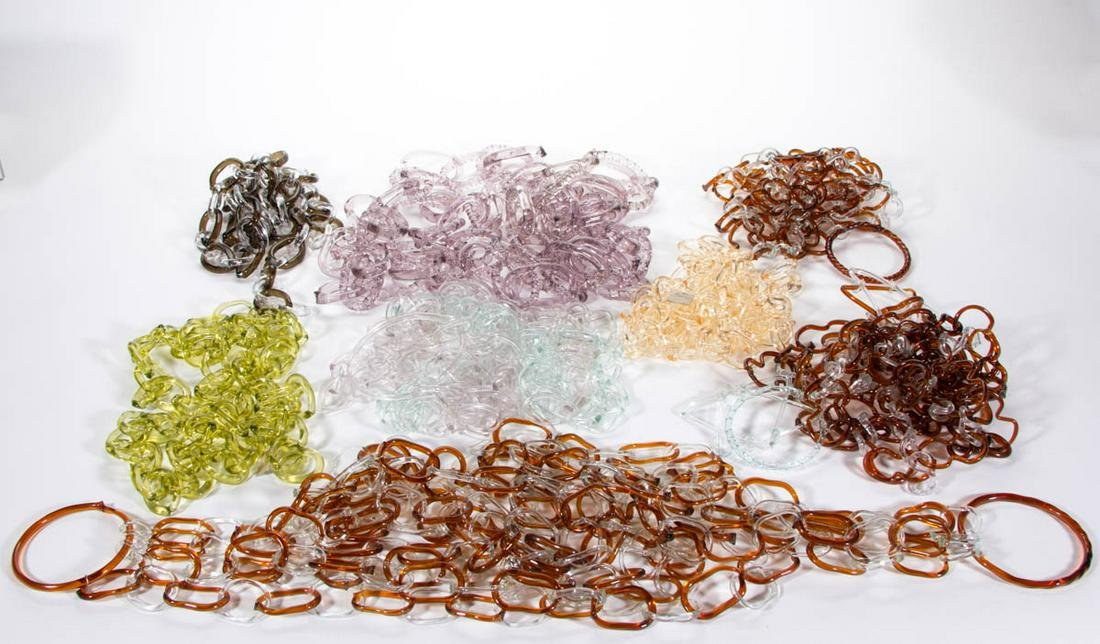 ASSORTED NOVELTY GLASS CHAINS, LOT OF EIGHT
