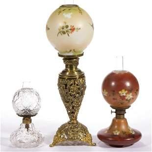 ASSORTED GLASS AND METAL KEROSENE MINIATURE / JUNIOR