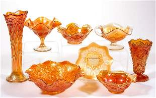 ASSORTED CARNIVAL GLASS ARTICLES, LOT OF EIGHT