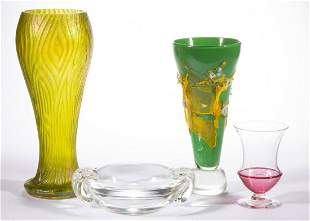 ASSORTED ART GLASS ARTICLES, LOT OF FOUR