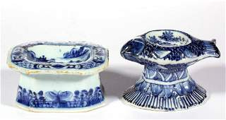 CHINESE EXPORT PORCELAIN BLUE AND WHITE OPEN SALTS, LOT