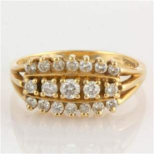 VINTAGE 14K YELLOW GOLD AND DIAMOND LADY'S RING