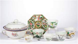 CHINESE / JAPANESE PORCELAIN TABLE ARTICLES, LOT OF