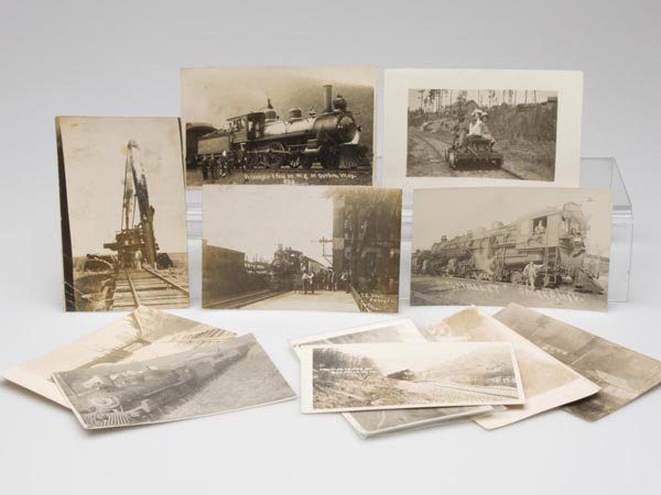 1: RAILROAD AND RELATED REAL PHOTO POST CARDS, LOT OF 1
