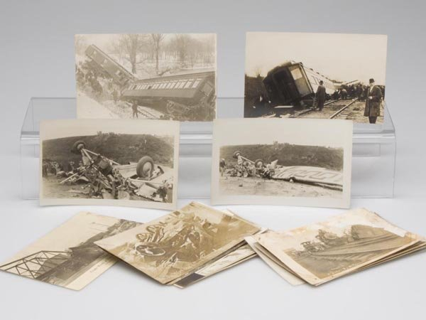 5: TRAIN AND OTHER WRECKS REAL PHOTO POST CARDS, LOT OF
