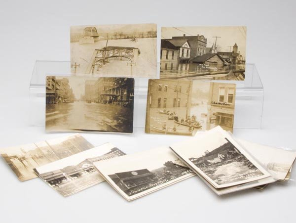 7: DISASTER / FLOODING REAL PHOTO POST CARDS, LOT OF 33