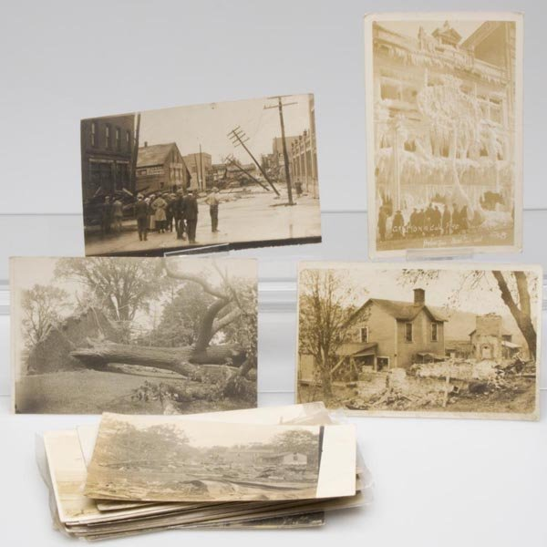 10: DISASTER AFTERMATH REAL PHOTO POST CARDS, LOT OF 25