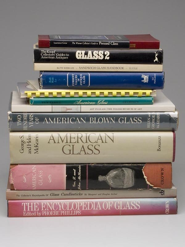 6: AMERICAN GLASS REFERENCE VOLUMES, LOT OF 13